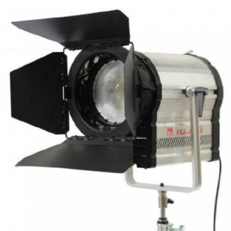 3200K LED Spot Lamp Dimmable CLL-4800R on 230V - Falcon Eyes